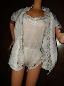 Vintage Superstar barbie genuine barbie fashion 1970s 1976 nightie and robe