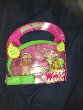 Winx Club PIFF Pixie Kisses Mini Doll & Lip Glass Clip new
