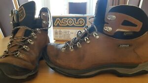 Ladies leather walking boots size 6