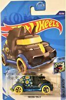 Hot Wheels - 2020 Street Beasts 10/10 Tricera-Truck 212/250 (BBGHD80)