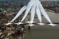 6 Air Force- F-16 Thunderbirds Fighting Falcons Fly Formation over New York City