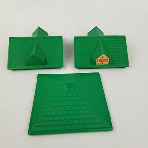 """Vtg 1998 Lincoln Logs Green Roof Lot of 3 Square 5"""" x 5"""" Peaked M-6547 M-7328"""