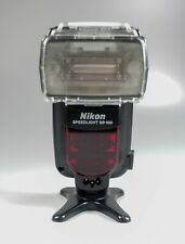 Nikon SB 900 Speedlight with case, softner, filters and stand. Boxed