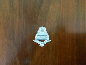 Royal Auxiliary Air Force Lapel Badge Queens Crown
