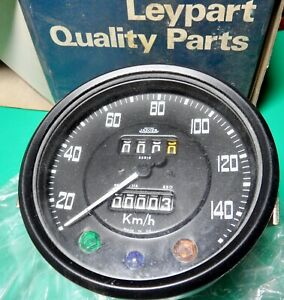 "NOS Land Rover Series 2a 2.6 6 Cylinder 109"" Speedo with Trip KPH 559165"