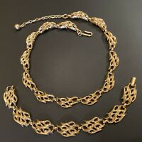 Vintage Crown Trifari Gold Tone Wave Style Link Necklace & Bracelet Set