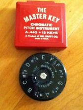 Vintage Wm. Kratt Co. The Master Key Chromatic Pitch Instrument A-440 13 Keys
