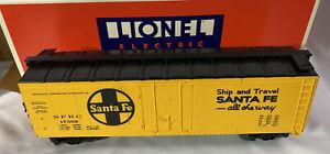 Lionel #6-17302 ~ Santa Fe Reefer w/ Operating E.T.D Warning Lights ~ NEW
