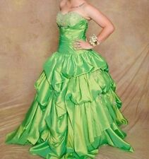 Green Apple Formal Dreas