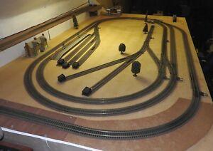 00 Model Railway Train Track Layout