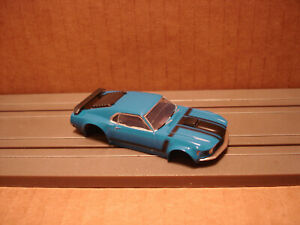 TOMY AFX H.O. SCALE SLOT CAR BODY ONLY FORD MUSTANG BOSS 302 BLUE BLACK FIT 1.7+