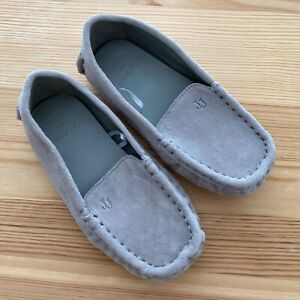 NWOT JANIE AND JACK Gray Suede Slippers Shoes Size 6 Toddler