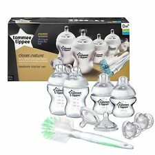 Tommee Tippee Closer to Nature Newborn Starter Kit feeding bottle set