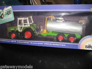SIKU 1.32 FENDT FARMER 308 LS TRACTOR WITH MANURE SPREADER MADE IN GERMANY 3752