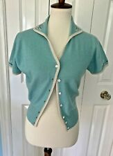 Wonderful VINTAGE BERNHARD ALTMANN Aqua Cashmere Cropped SS Sweater Floral M