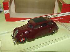 PEUGEOT 402 1935 Bordeaux TEK HOBY 111 1:43 finition moyenne