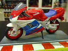 Yamaha FZR600R 1:18 Rood / wit / blauw
