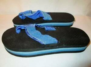 NOS Vintage  RAINBOW Flip Flops Pale Two Color Blue Light Dark Child Sandal 1