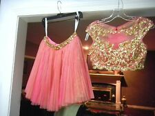 SHERRI HILL 45112 COCKTAIL Homecoming SZ 2 CORAL GOLD CROP 2 PIECE PLEATED SKIRT