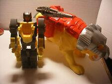 hasbro takara 1988 transformer G1 PRETENDER CATILLA Complet Pretenders