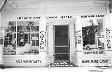 1930's Candy Kettle Confectionery Taffy Fudge Chocolate Kisses York Beach Maine
