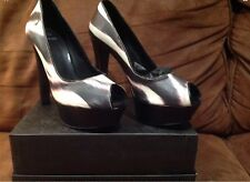 AUTHENTIC Women's *Gianfranco Ferrè Platform Pumps*, size 37 used MADE IN ITALY