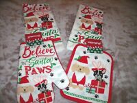 NEW Christmas DOGS KITCHEN TOWELS POTHOLDER OVEN MITT Set WE BELIEVE SANTA PAWS