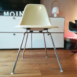 (1) original EAMES Side Chair DSX Fiberglas H-Base HERMAN MILLER Vitra 60er 70er