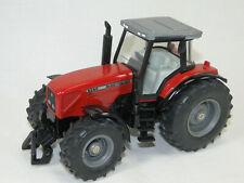 Siku Farmer 3251 Massey Ferguson 8260  1:32