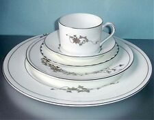 Wedgwood by Vera Wang Fleurs 5 Piece Place Setting Dinnerware Set Made/UK NEW