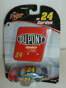 #24 JEFF GORDON DUPONT HARD FIND 2006 PIT SIGN SERIES CAR WINNERS CIRCLE 1/64