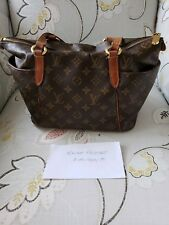 Louis Vuitton Totally PM- Monogram-Authentic Good Condtion- Discontinued Style ❤