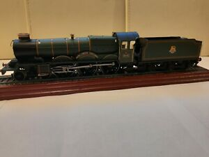 """Hornby R3301 BR 4-6-0 Castle Class Special Edition """"5043""""Earl of Mount Edgcumbe"""