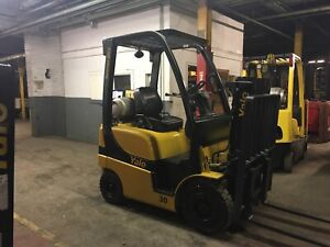 2013 Yale  3000 Lb Solid Pneumatic Forklift with Truckers mast