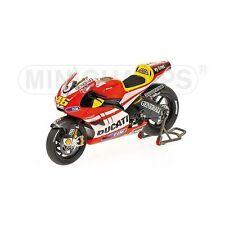 Ducati Desmo16 GP11 Unveiling V.Rossi 2011 122110846 1/12 Minichamps