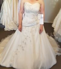 Ivory cafe Lace Up, Wedding Dress - Size 14-18 - new with tags, Bridal 5223T
