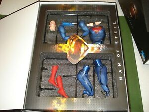 2013 DRAGON SUPERMAN MODEL, HIGH END TOY, NICELY DETAILED w BOX.