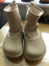 Fab Fur Lined Unisex Boots by Crocs. W12, M10. (UK 10 / UK 9). Superb.Bought USA