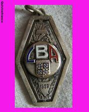 BG2962 INSIGNE LIGUE DE BOURGOGNE  ATHLETISME 1959