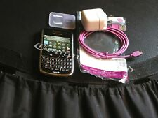 * Blackberry Bold 9650 Mobile Phone +usb cable + power supply +micro SD +adapter