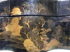 Large Papier Mach'e Chinese Export Decorative Lacquered Box