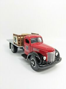 1st Gear NAPA 1949 International Flatbed KB-8 Diecast1:34 Scale 75th Anniversary