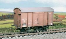 OO wagon kit - SR/BR 12t. Box Van, plywood sides - Ratio 593