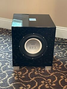 REL Subwoofers Awesome, This Sale Includes 2 REL T/7i subs Excellent Condition