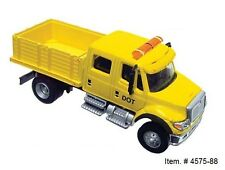 1:87 International Crew Cab Solid Stake Bed Truck - DOT Yellow - Boley #4575-88