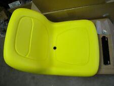 Seat AM117489 AM123666 fits J D 425 445 455 325 F710 F725 F735 240 245 260