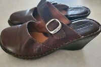 Born Womens Brown Leather Buckle Clogs Wedge Heels Mules Slip On Shoes Sz 7