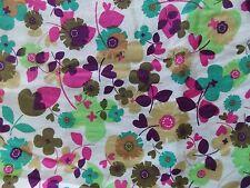 WtW Fabric Kitchy Kitchen Floral Flower Power 6838 Kaufman Mod Retro Deco Quilt