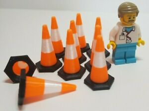 1:32nd scale Traffic Cones (10 pack) Black base with Orange/White top. 30mm tall