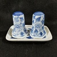 Vintage Blue And White Floral Leafy Pattern Salt & Pepper Shakers Set With Tray